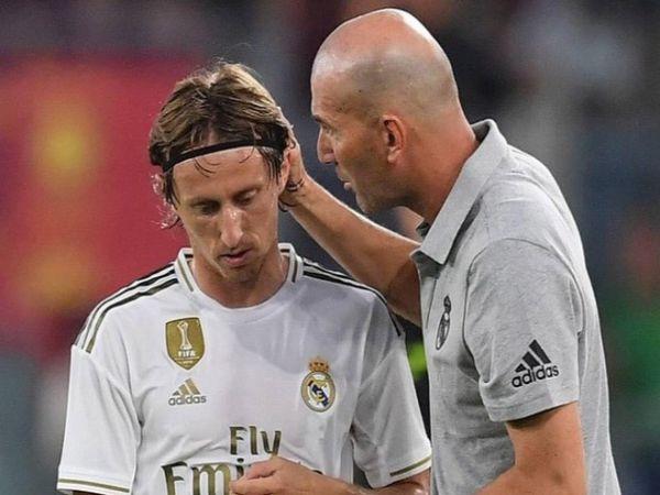 Modric chuẩn bị tinh thần chia tay Real Madrid